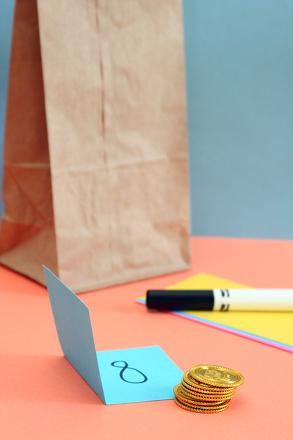 grab-bag-numbers-a-math-game-slideshowmainimage